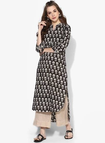 Get 40% OFF on SANGRIA Ethnic Wear Collections for Women.