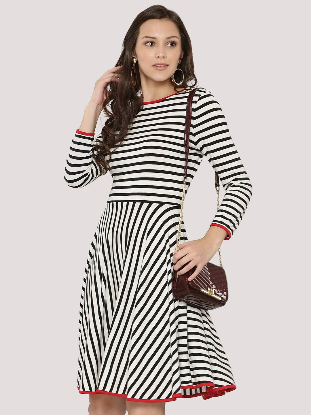 Buy 1 ,Get 20% OFF | Buy 2, Get 30% OFF on Party Wear Dresses, Summer wear Collections for Women.