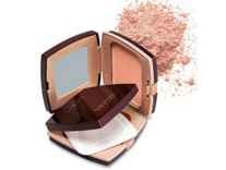 Lakme Radiance Complexion Compact, Pearl 9 g Rs. 83 @ Amazon